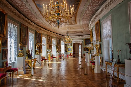 palace  museum  pavlovsk