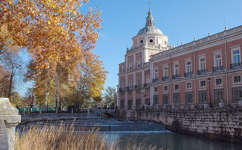 palace aranjuez  monument  madrid