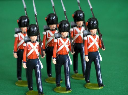 palace guards toy soldiers british coldstream guards