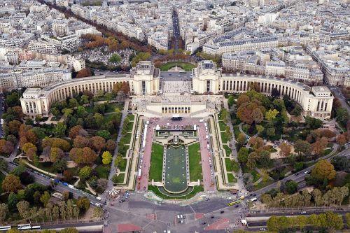 palais de chaillot palace building