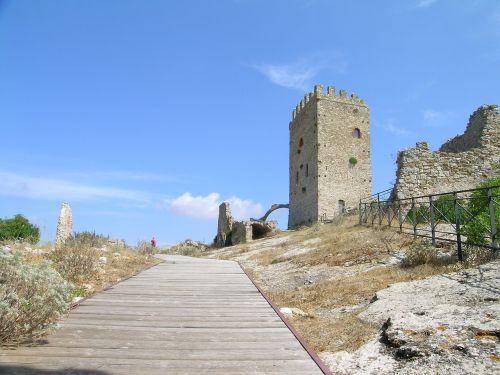 palermo castle cefalà diana