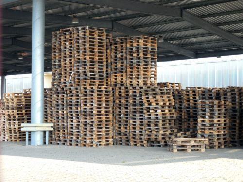 pallets warehouse stack