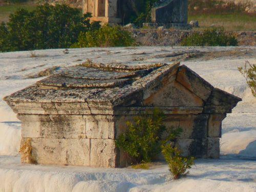 pamukkale sarcophagus tomb