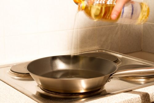 pan oil kitchen