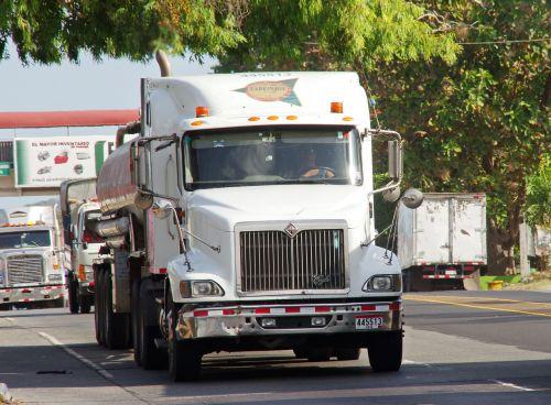 panama truck transport