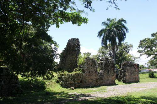 panama ruins old architecture