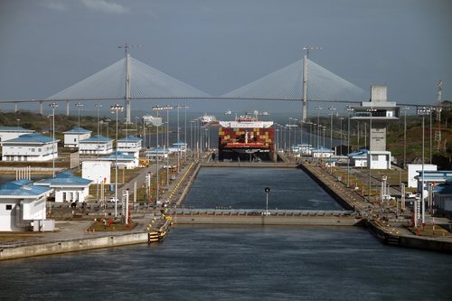 panama canal  crossing  artificial