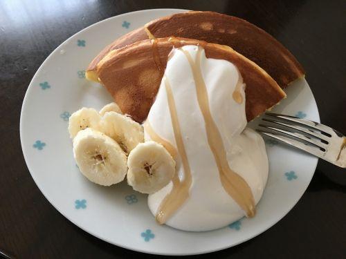 pancake banana snack