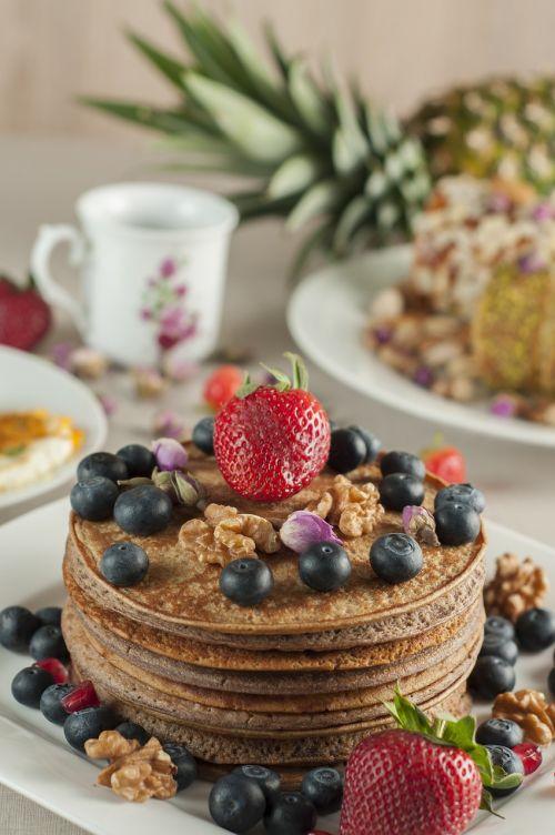 pancake strawberry tea