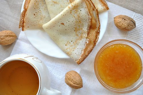 pancakes tea jam