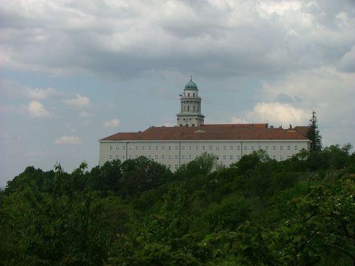 pannonhalma abbey order of saint benedict