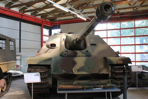 panzer  museum  tank