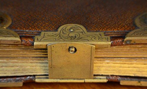 paper  book  album