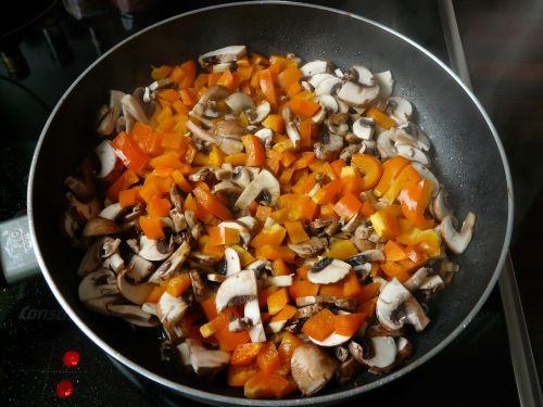 paprika mushrooms pan