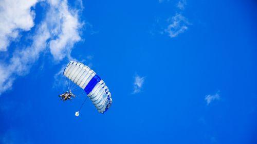 parachute parachuting parachutist