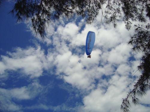 parachute sky brazil