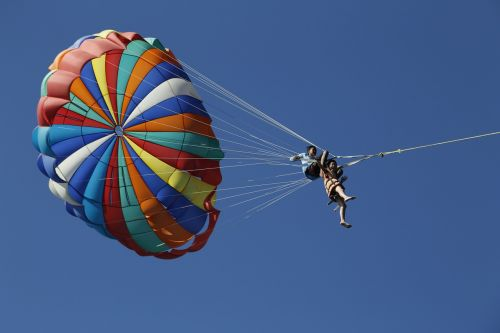 parachute sun brave