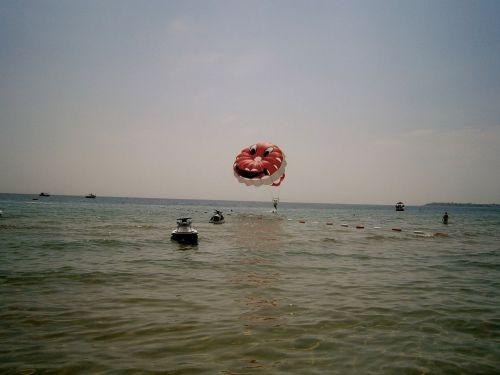 parachute at sea parachute sea
