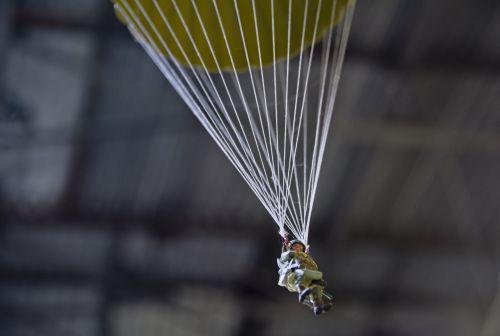 Parachute Figure