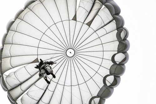 parachute jump opened skydiving