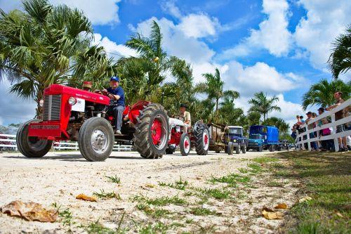 parade tractors antiques