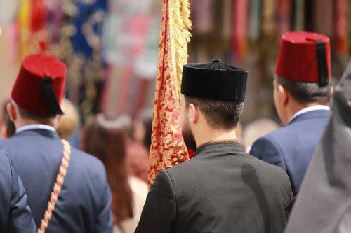 parade  men  armenian