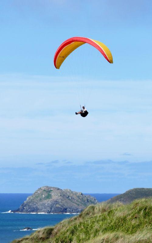 paraglider paragliding gliding