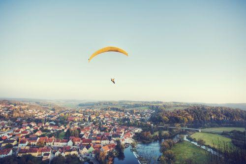 paraglider city paragliding