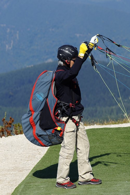 paraglider  paragliding  equipment