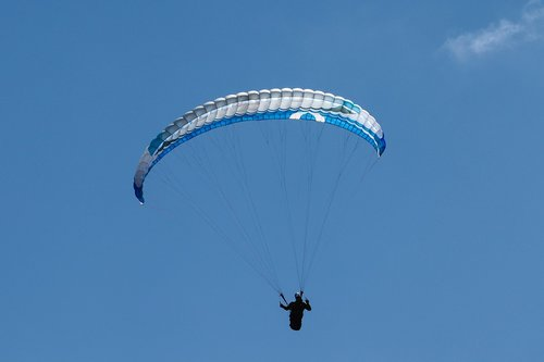 paraglider  paragliding  flying