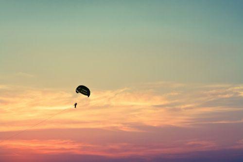 parasailing paragliding sky