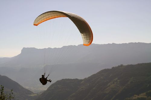 paragliding hover sports activities