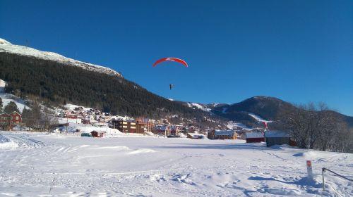 paragliding sweden mountains