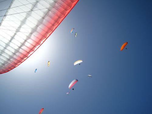 paragliding sky freedom
