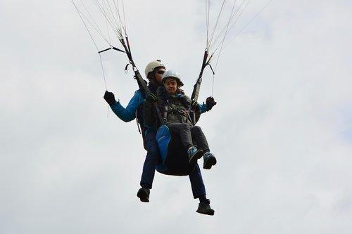 paragliding  paragliding bis place  paraglider lou