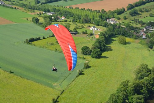 paragliding  paragliding bis place  flight paragliding