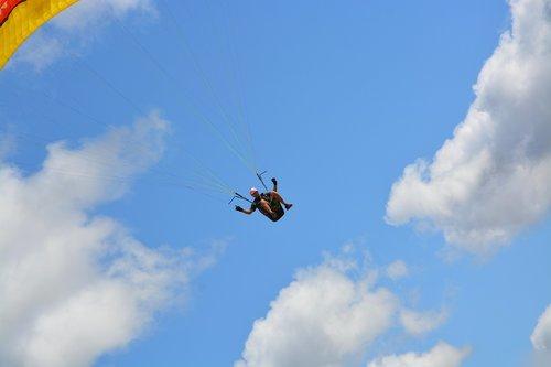 paragliding  paraglider  harness-paraglider