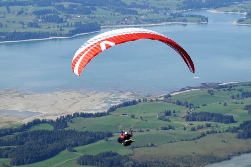 paragliding  flying  air sports