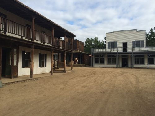 paramount ranch malibu movie set