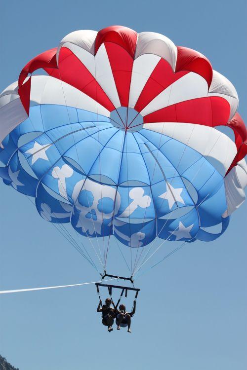parasailing tahoe fun