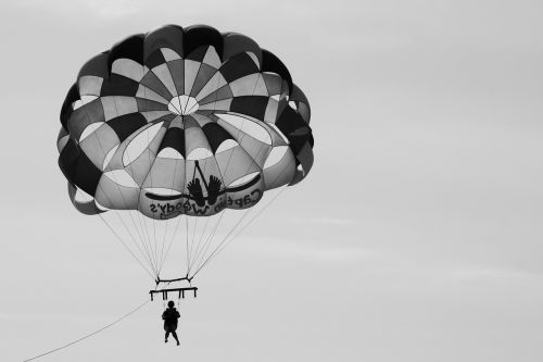 parasailing monochrome float