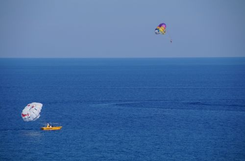 parasailing parachute water sport