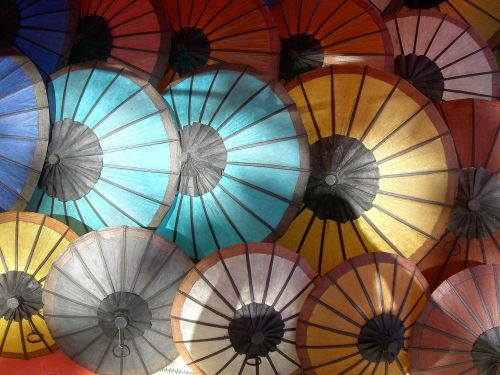 parasols market coloured