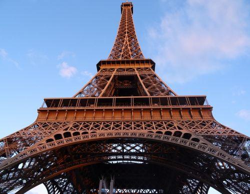 paris tower sky