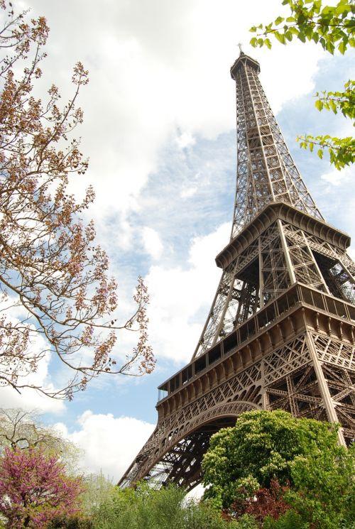 paris eiffel tower monuments