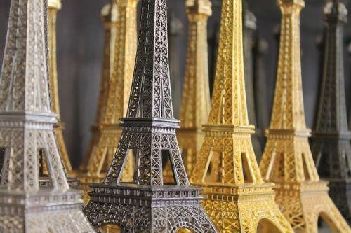 paris eiffel tower souvenirs
