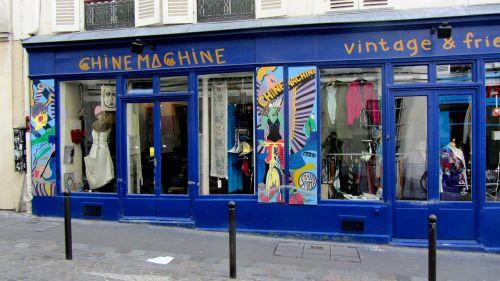 paris old business montmartre
