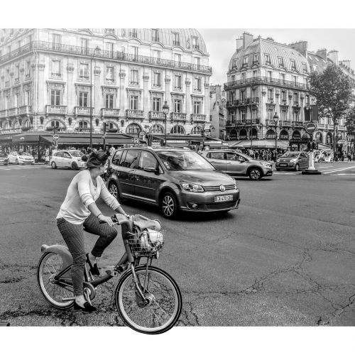 paris cyclist square