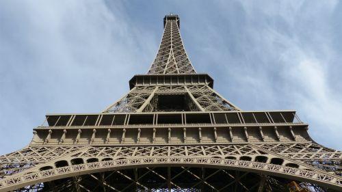 paris eiffel tower steel structure