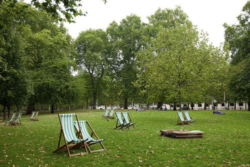 park deck chairs relaxation